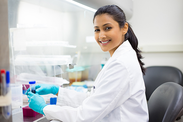 Woman in a lab drug testing